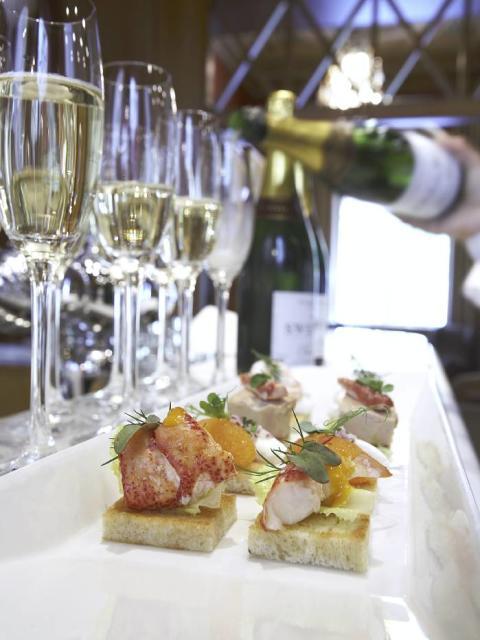 Champagne Restaurang Swea Hof