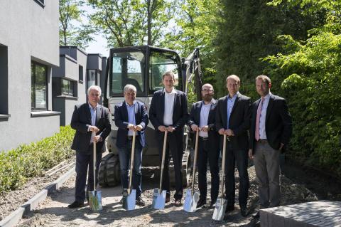 Erster Spatenstich in Münster: Deutsche Glasfaser startet Netzausbau für Unternehmen im Stadtteil Roxel