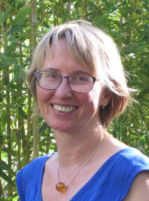 """""""Gesund altern durch Osteopathie – das Thema der Zukunft"""" / Interview mit der Hamburger Osteopathin Eva Möckel"""