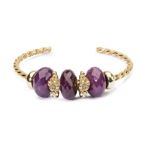 Gold_and_ruby_bangle
