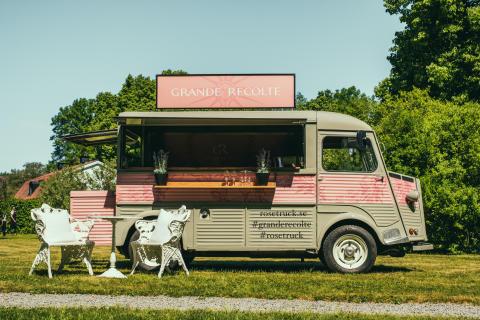 Nu rullar Rosétrucken från Provence ut på Sveriges gator och torg!