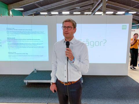 Peter Lidström, vd på COS Systems pratar om hur man lyckas etablera sig på den amerikanska marknaden i speakers corner på Stora Nolia.