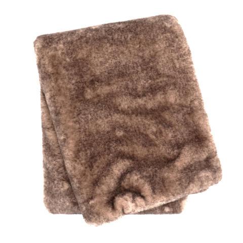 AW18 - Pearl Velvet Blanket Not FUReal