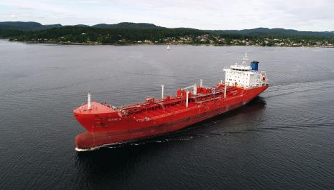 De Poli Tankers and Marlink renew multi-band satcom commitment