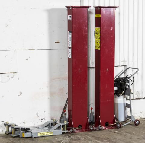 Pela flyttbara tvåpelarlyft – designad för villagaraget (bild2)