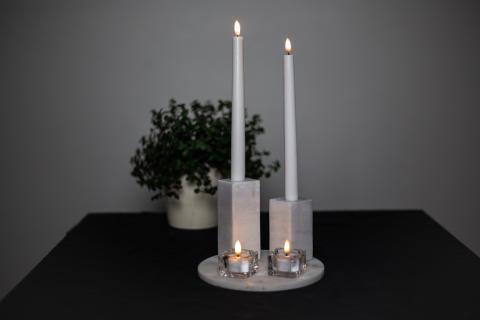 Fina LED-ljus i stearin med realistisk låga
