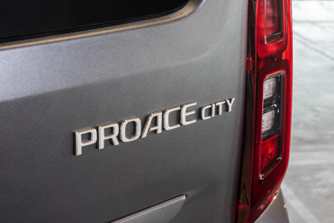 PROACE_CITY_Verso_2019_040