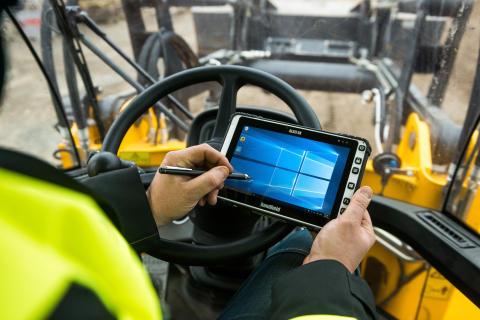 ALGIZ 8X är en stryktålig tablet med kapacitiv pekskärm