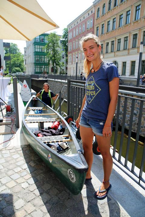 Wassersportler der Kanu-Jugend Leipzig weihten den neuen Wasserweg mit ein
