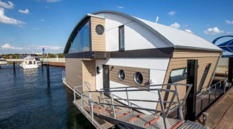 Schwimmende Ferienhäuser - Ein ganz neues Urlaubsfeeling