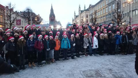 Karl Johans skola skapar julstämning i Musikhjälpen