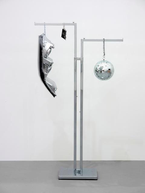 Troløse bilder/Faithless Pictures, Josephine Meckseper,  Lexus Sculpture, 2010