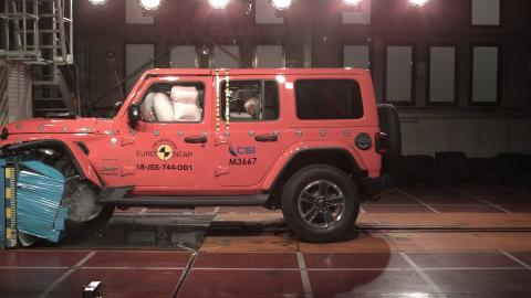 Jeep Wrangler frontal offset impact Dec 2018