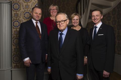Martti Ahtisaari vinner Nordens språkpris 2015
