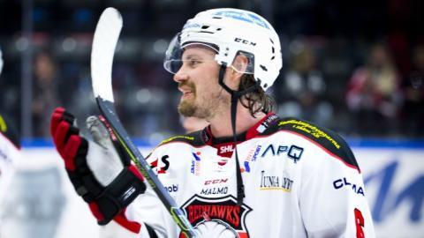 Malmö Redhawks förlänger med Stefan Warg