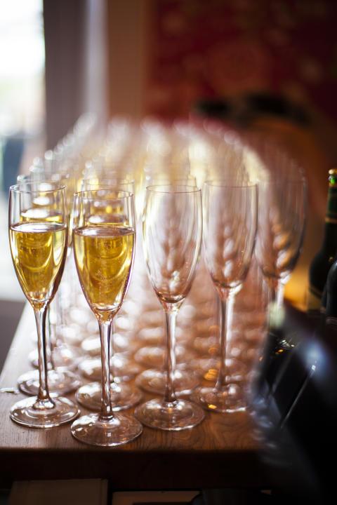 Alkoholitutkimuksen heikentäminen vaarantaa kansanterveyden