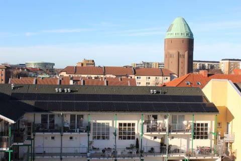 Enklare och billigare att sätta upp solceller i Malmö