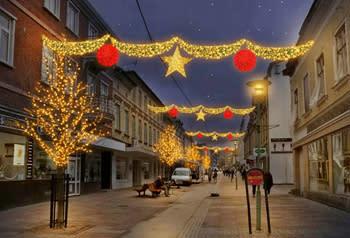 Ny och energisnål julbelysning i Uddevalla centrum