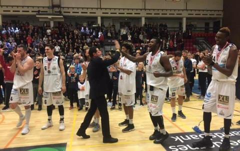 Spansk coach till Alvik basket