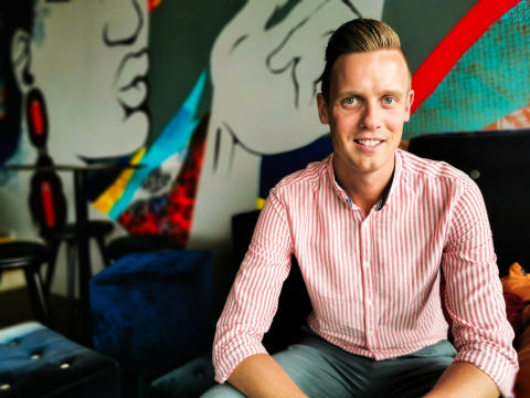Ung Nordic Choice Hotels-talang axlar rollen som hotelldirektör på Comfort Hotel Göteborg