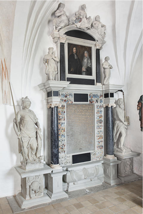 Billede 2: Epitafium i Hjerm kjirke
