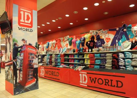 One Direction öppnar butiken 1D World i Stockholm – Europas första