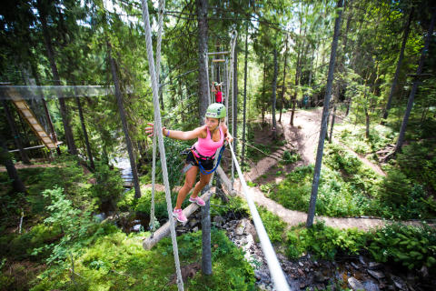 Lørdag 23. juni åpner Høyt & Lavt Klatrepark i Hemsedal sentrum