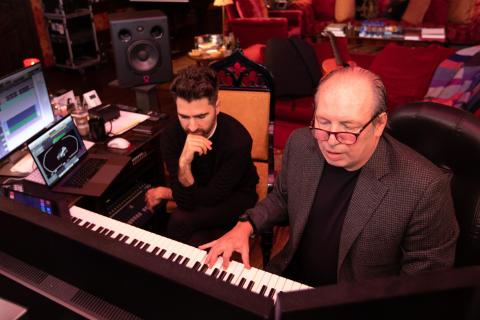 Renzo Vitale og Hans Zimmer i lydstudiet