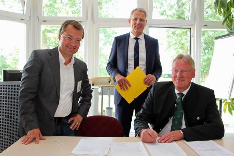 Winzer: Gründung kommunales Netzwerk Ostbayern