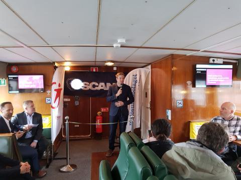 Tomas Eriksson (MP), Miljö- och kollektivtrafikregionråd på Region Stockholm invigningstalar