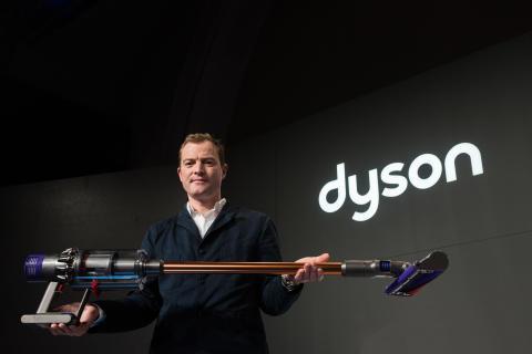Dyson Cyclobe V10 Launch avec Jake Dyson