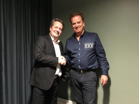 Daglig leder i Norwegian Pilot Services Lars Rønnov og leder for Norwegian Pilot Union Halvor Vatnar