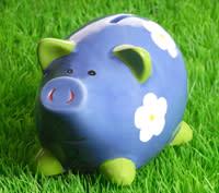Se över dina fasta avgifter innan semestern. Spara tusenlappar!