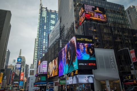 Times Square Glasgow-Delta ad 1