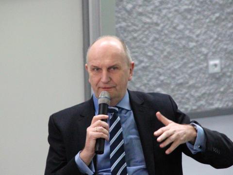 """ZukunftsTour Jugend"" führt Brandenburgs Ministerpräsident Woidke am 11. April 2018 an die Technische Hochschule Wildau"