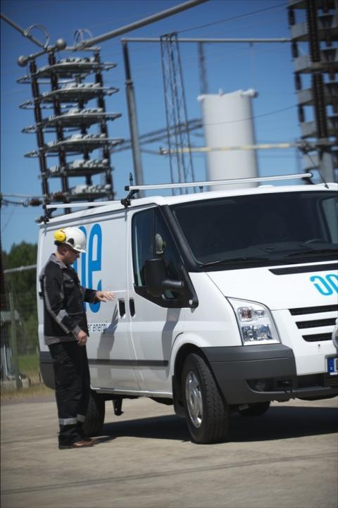 ONE Nordic AB bygger 11 km nya 130 kV ledningar från vindkraftparker till Storfinnforsen åt E.ON Elnät
