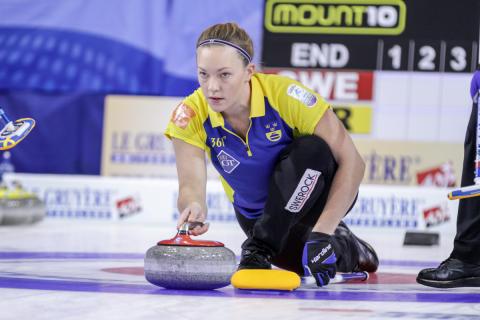Curling-EM 2016: Premiärseger för lag Hasselborg trots konfettiregn