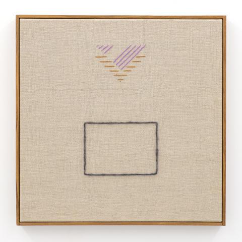 """Nadine Byrne """"Echoes"""" (24), broderi på linneduk, 40 x 40 cm, 2019."""