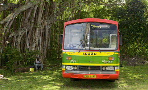 île Maurice_Bus scolaire ©MTPA_Bamba