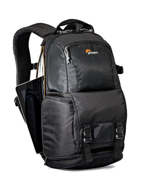 Lowepro Fastpack II 150 AW med åpen laptop-lomme