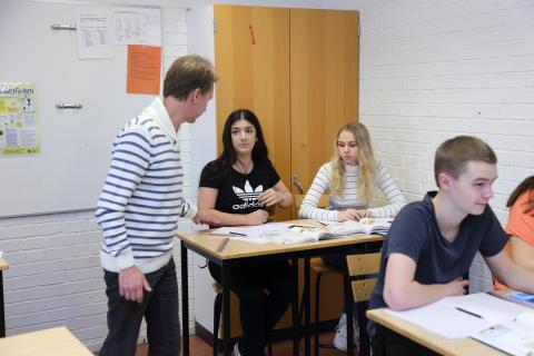 Kalmar klättrar i SKL:s jämförelse av grundskolan