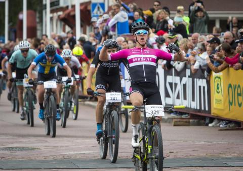 Jonas Ahlstrand vann Cykelvasan 90 2017