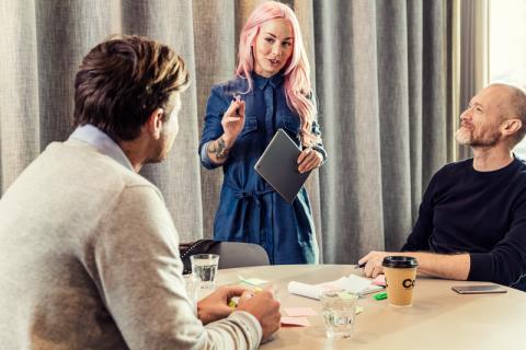 Telia digitaliserar Sverige och bygger fiber till företag runt om i landet