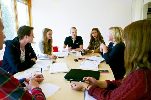 Carlforsskas Ekonomi- och Handelsskola4