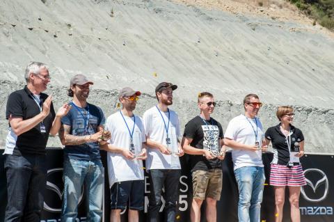 Svenske Erik Blixt kör MX-5 cupfinal på Laguna Seca, Kalifornien
