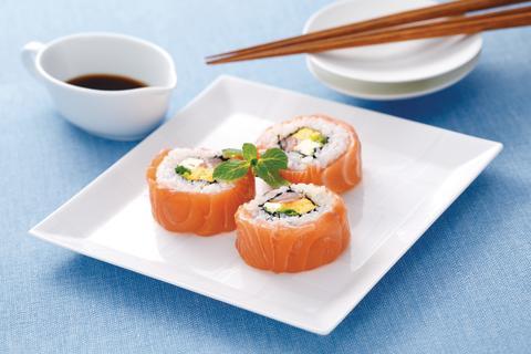 Norwegischen Lachs im Sushi gibt es erst seit 30 Jahren, als die Norweger ihren Lachs als Gastgeschenke ihren japanischen Geschäftspartnern mitbrachten.