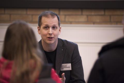 Erik Lindenius tilldelas Umeå studentkårs pedagogiska pris
