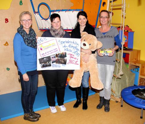 Fünf Minuten für Bärenherz: Schüler der Altenpflege in der Johanniter Schule sammeln für das Kinderhospiz