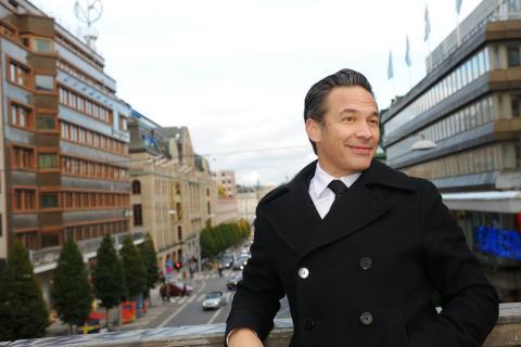Niklas Berntzon -Eklund Stockholm New York
