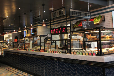 Jamie's Deli openede today at Oslo Airport